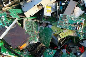 A STUDY OF AWARENESS TOWARDS ELECTRONIC WASTE AMONG COLLEGE STUDENTS