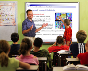 USE OF POWERPOINT PRESENTATION THROUGH CLASSROOM  SEMINAR: A FUNCTIONAL APPROACH