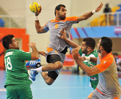 EFFECT OF PLYOMETRIC EXERCISES ON  HANDBALL PLAYERS