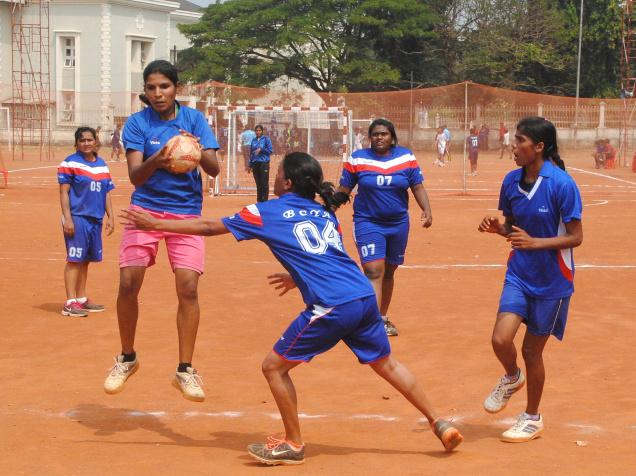 """A COMPARATIVE STUDY ON ANXIETY AND  AGGRESSION AMONG NETBALL AND HANDBALL INTER- COLLEGIATE PLAYERS IN KARNATAK UNIVERSITY DHARWAD"""