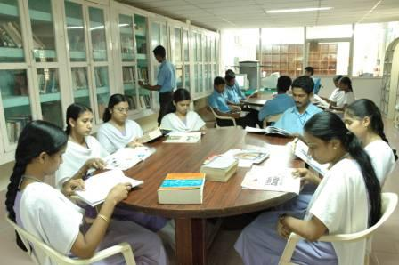 USE OF INFORMATION RESOURCES IN ENGINEERING  COLLEGE LIBRARIES OF PANDHARPUR CITY: A CASE STUDY