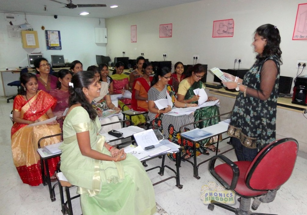 EFFECTIVENESS OF THE BANGALORE UNIVERSITY B.ED  CURRICULUM IN DEVELOPING PROPER ATTITUDE  TOWARDS TEACHING PROFESSION