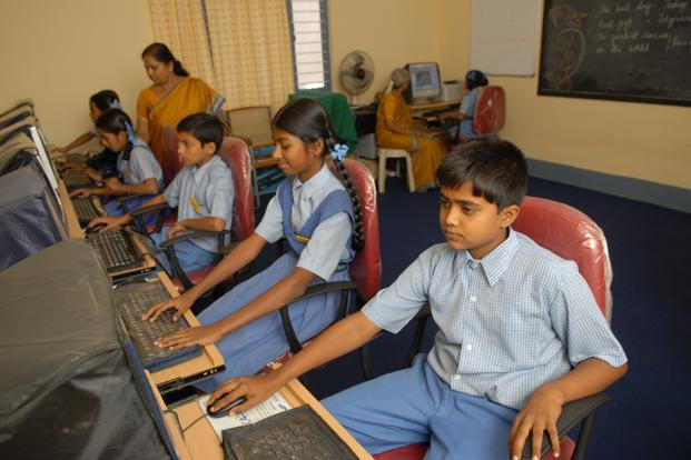 APPLICATIONS OF ICT IN TEACHING –  LEARNING & EVALUATION
