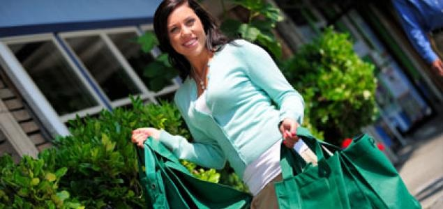 A COMPARATIVE STUDY OF BUYING DECISIONS  OF MALE AND FEMALE GREEN CONSUMERS