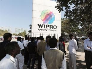 LEVERAGE ANALYSIS OF INDIAN I.T. GIANT: A  CASE STUDY OF WIPRO