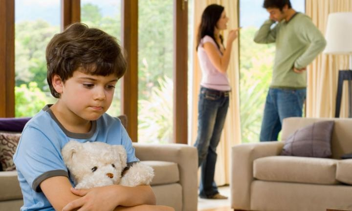 A STUDY OF EFFECT OF PARENTS DIVORCE AND  SEPARATION ON CHILDREN
