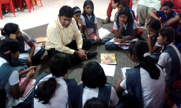 AN INFLUENCE OF SELF ESTEEM IN LATERAL THINKING OF  STUDENT TEACHERS IN TIRUCHIRAPPALLI DISTRICT