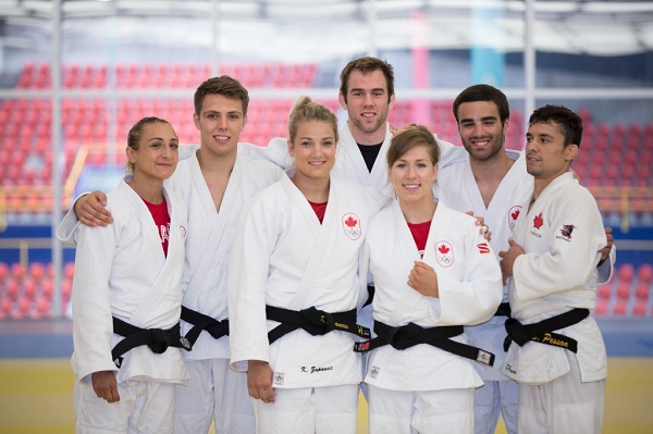 COMPARISON OF JUNIOR LEVEL MALE AND  FEMALE JUDOKAS IN SELECTED PSYCHOLOGICAL VARIABLES