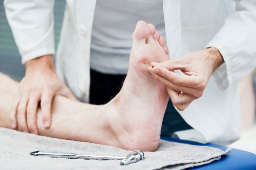 A STUDY OF STATIC FOOT PRESSURE MEASUREMENT IN DIABETIC PATIENTS