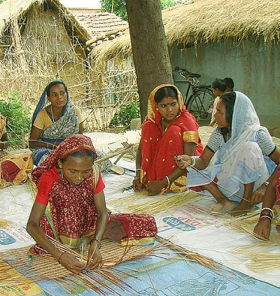 SCHEDULED TRIBE WOMEN AND EMPLOYMENT: AN ANALYSIS
