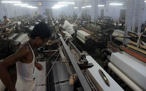 SOCIO –ECONOMIC PROBLEMS OF POWER  LOOM WORKERS IN ANDHRA PRADESH