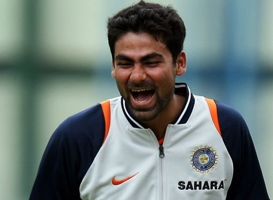 """THE CASE STUDY ON MOHAMMAD KAIF  CRICKET CAREER"""