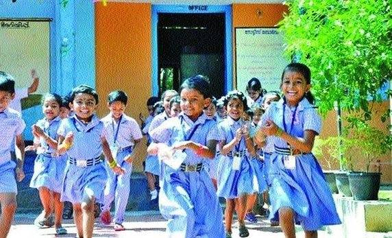 A STUDY OF EDUCATION : FACTOR BEHIND HIGH HDI OF KERALA.