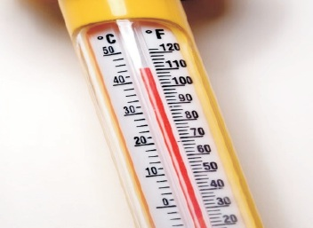 TO DETERMINE ATMOSPHERIC TEMPERATURE WITH  THE HELP OF INSTRUMENTS