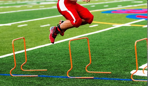 EFFECT OF PLYOMETRICS TRAINING ON LONG JUMP PLAYERS