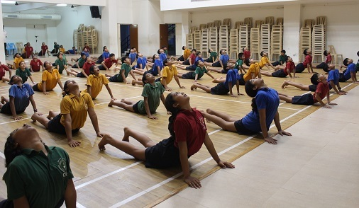 EFFECT OF ASANAS ON FLEXIBILITY OF RESIDENTIAL SCHOOL STUDENTS